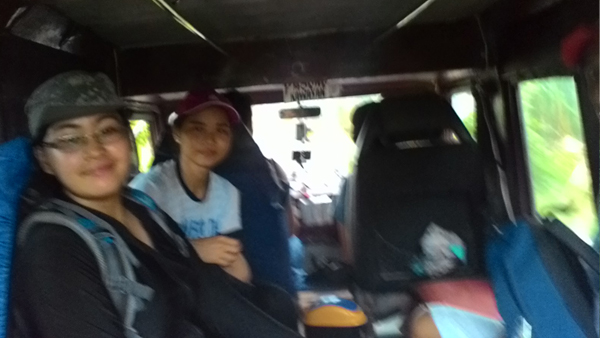The welcome jeepney ride