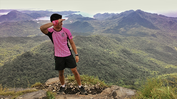 Since my traveling pink polo is in the laundry, here's the traveling pink jersey!