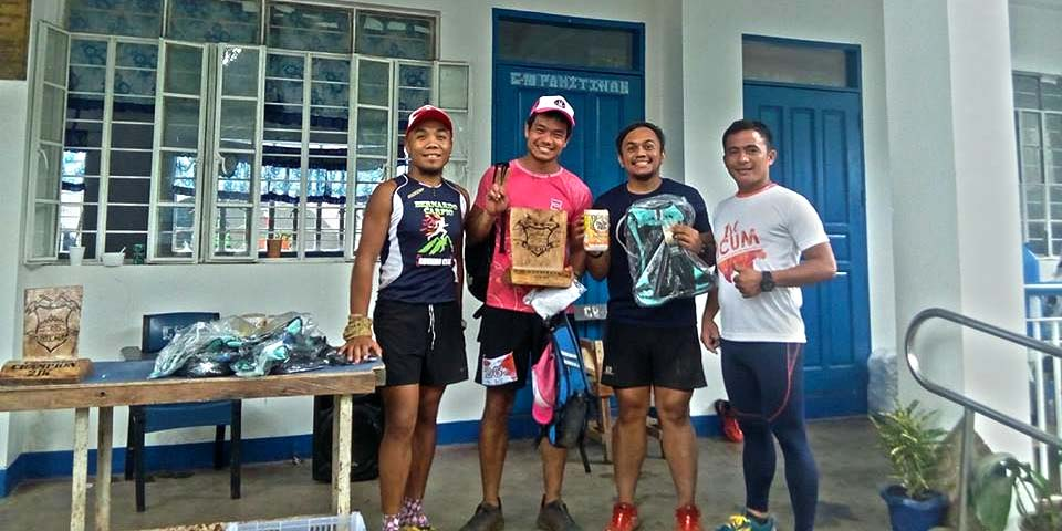 Champion???? With the race organizers.